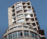 """N.Nərimanov metro stansiyasının yaxınlığında, """"Funda"""" tibb mərkəzi və Landau mək"""